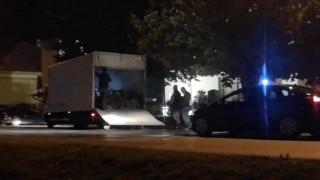 В Хърватия хванаха двама български каналджии със 70 мигранти в камион