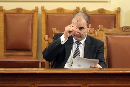 Цветанов горд с разследването на бургаския атентат
