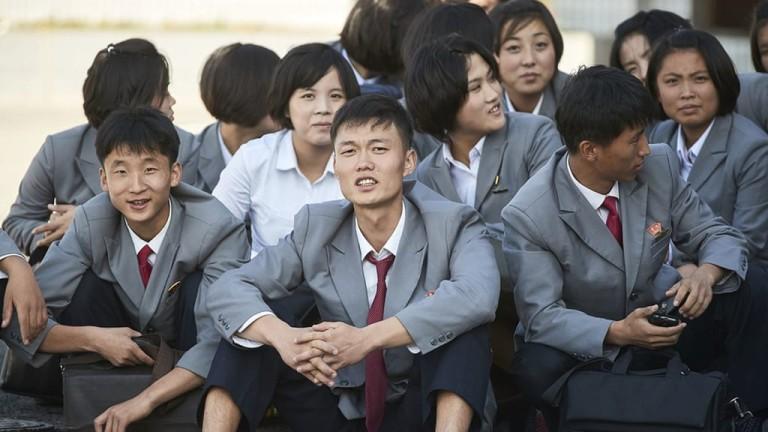 Макар и в изолация, младежите в Северна Корея са отворени към света