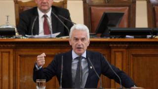 Защо скрихте Давутоглу от нас, пита Сидеров в парламента