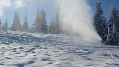 Много сняг затвори ски курорт в Шотландия