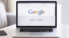 Google намалява разходите си за маркетинг с 50%