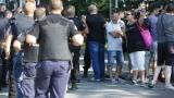 """Полицаите на """"Армията"""": Казаха ни да обикаляме стадиона"""