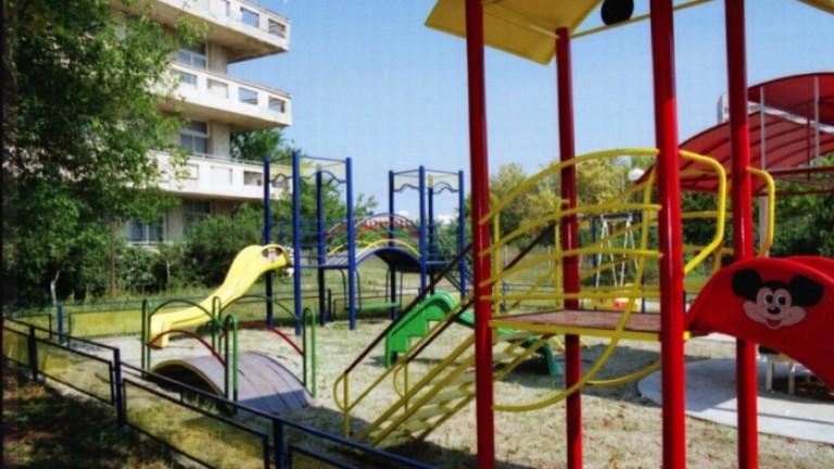 След края на лятото ВАП установи множество нарушения на детските площадки