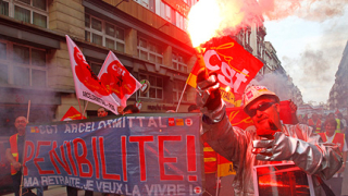 Стачки сковаха Европа
