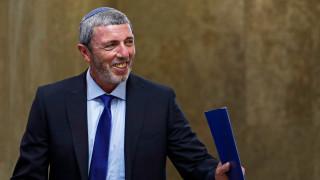 Израелският образователен министър: Гейовете трябва да се лекуват