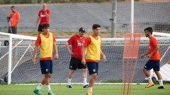 Любо Пенев и Валенсия изтърваха аванс от два гола в контрола
