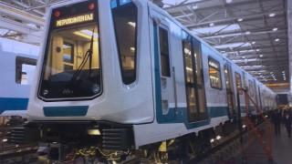 Първият влак за третата линия на метрото е готов