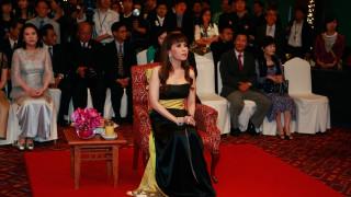 Политическо земетресение в Тайланд – принцеса се бори с военната хунта за премиер