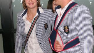 Симеон Щерев с два анцуга на европейското