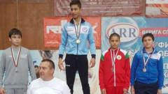 Павел Младенов спечели бронзов медал от Държавното първенство по борба за деца