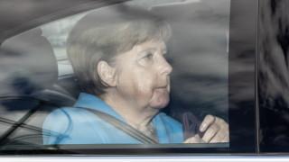 Не зная дали днес ще се договоря с ХСС за мигрантите, обяви Меркел