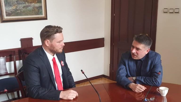 За условията в затворите у нас си поговориха Полфрийман и Кирилов