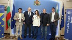 Красен Кралев награди шампионките от Европейското отборно първенство по таекуондо