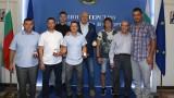 Кралев връчи почетни медали на спортисти с увреден слух