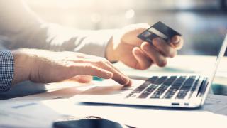 Икономика на пандемията: Какво пазаруват онлайн хората, докато са у дома по време на кризата?