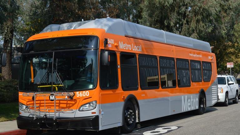 Много от автобусите в Лос Анджелис се движат на природен газ
