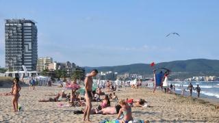 Хотелите в Слънчев бряг се пръскат по шевовете