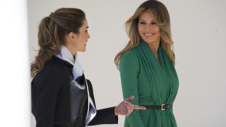 Мелания vs. Рания - състезание по елегантност в Белия дом (СНИМКИ)