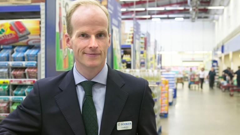 Изпълнителният директор на Tesco Великобритания - Чарлс Уилсън се оттегля