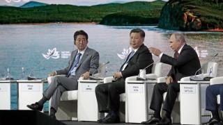 Япония ще ухажва Източна Европа, докато Китай затяга контрола си в региона