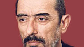 НБУ отличава Крикор Азарян като свой почетен професор