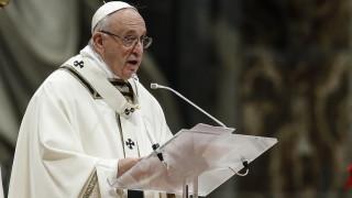 Папа Франциск подписа закон срещу педофилията