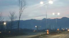 Пътищата в страната са предимно сухи, в планините частично заледени и обработени