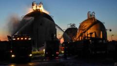 Атакуваха с ракети  основната рафинерия в Сирия и две газови рафинерии