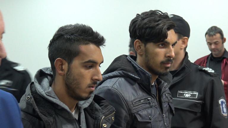 Съдът остави в ареста задържаните за побоя на командос във