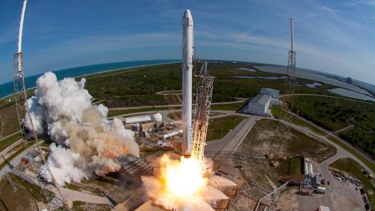 Mъск публикува видео с провалите на SpaceX