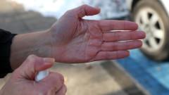 Активни потребители: Мокрите кърпи не са съизмерими с дезинфектантите