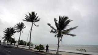 Буря спря почистването в Мексиканския залив