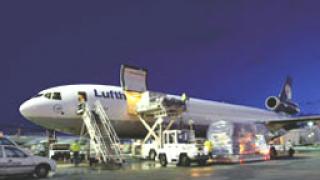 Отрасълът е пред закриване, алармират от карго авиацията ни