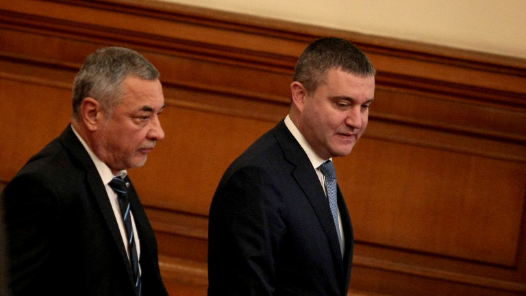 Не сме имали по-успешен финансов министър от десетилетия, сигурен Валери Симеонов