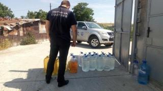 Спряха близо 3 т фалшив алкохол преди да стигне до Черноморието