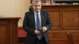 По тъмно министрите дойдоха в парламента за бюджетните дебати