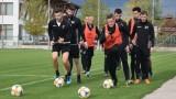 Двама от футболистите на Локомотив (Пд) подновяват договорите си