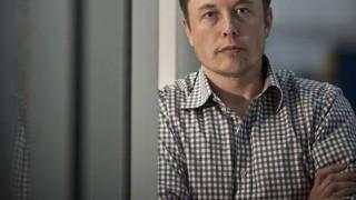 Илън Мъск оцеля начело на борда на Tesla