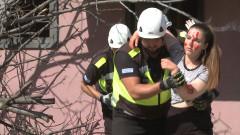 Фандъкова и Маринов с показно как се спасяват хора при буря