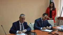 Караниколов разписа нов инвестиционен фонд за рисков капитал