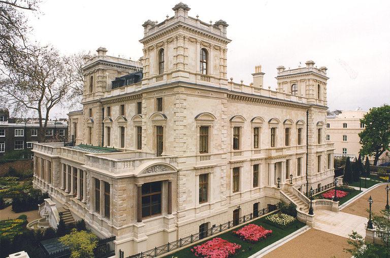 В района има наистина забележителни луксозни имоти