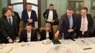 Осигуряване на паркоместа за новите офис сгради обсъди Фандъкова с местния бизнес