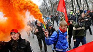 800 милиционери охраняват 200 души митинг в Москва
