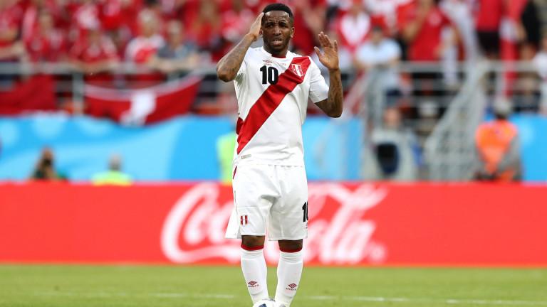 Нападателят на Перу Джеферсон Фарфан ще пропуснеостатъка от Копа Америка.