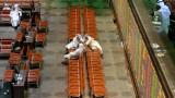 Страните от Персийския залив плащат на служители, за да не правят нищо