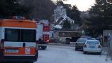 Работник загина, а трима са затрупани при срутване на стар хотел край Варна