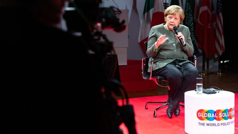 Канцлерът на Германия Ангела Меркел отхвърли критиката за ниските разходи
