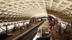 Хаос във Вашингтон след безпрецедентно спиране на метрото за 24 часа