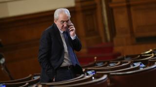 "Станишев се договорил през 2012-а с Доган за падането на кабинета ""Борисов 1"", намекна Местан"